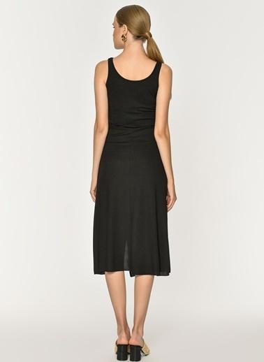 Loves You Kalın Askılı Yırtmaçlı Kaşkorse Elbise Siyah
